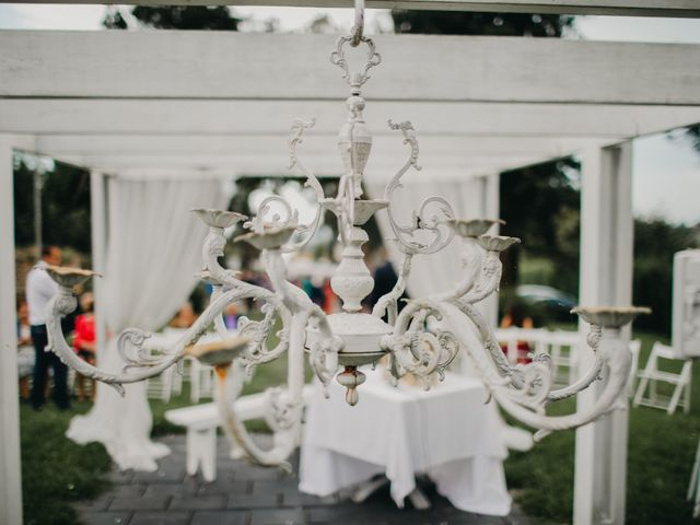 La boda de Héctor y Irene en Oviedo, Asturias 11