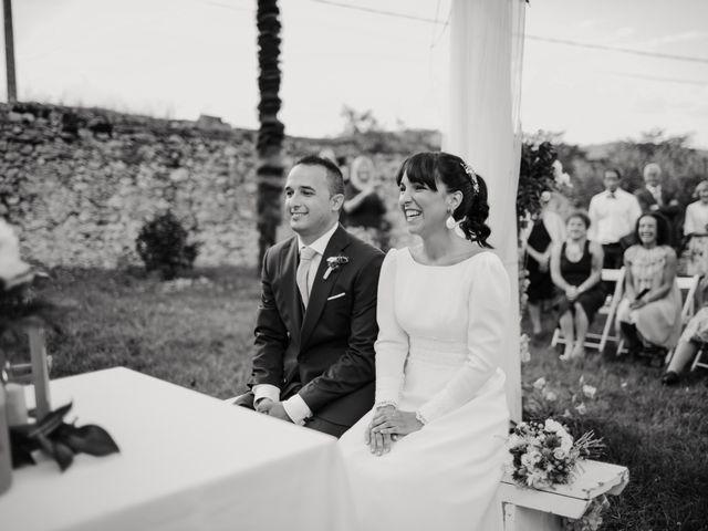 La boda de Héctor y Irene en Oviedo, Asturias 17