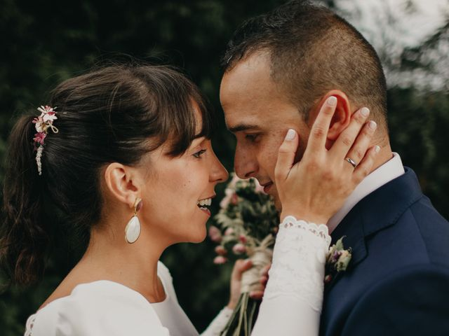 La boda de Héctor y Irene en Oviedo, Asturias 1