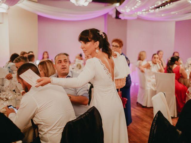 La boda de Héctor y Irene en Oviedo, Asturias 50