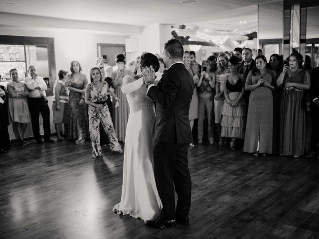 La boda de Héctor y Irene en Oviedo, Asturias 56