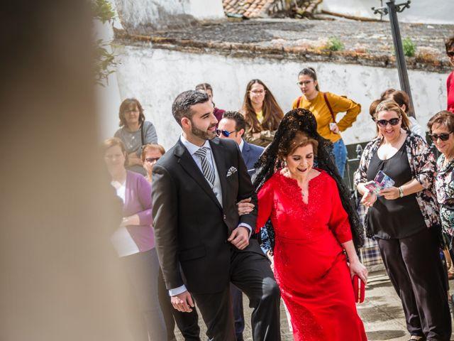 La boda de Jose Manuel y María Dolores en Encinasola, Huelva 32