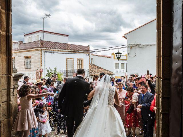 La boda de Jose Manuel y María Dolores en Encinasola, Huelva 52
