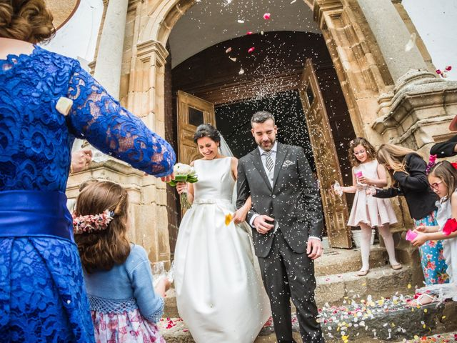 La boda de Jose Manuel y María Dolores en Encinasola, Huelva 53