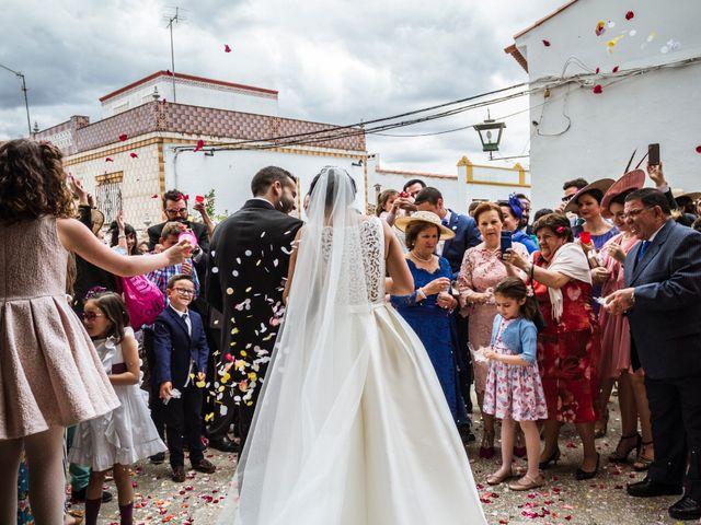 La boda de Jose Manuel y María Dolores en Encinasola, Huelva 55
