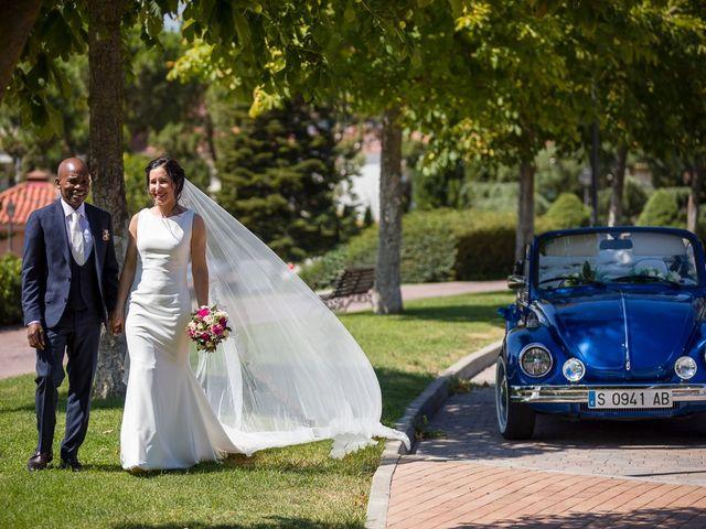 La boda de Nyarie y Marta en Boadilla Del Monte, Madrid 12