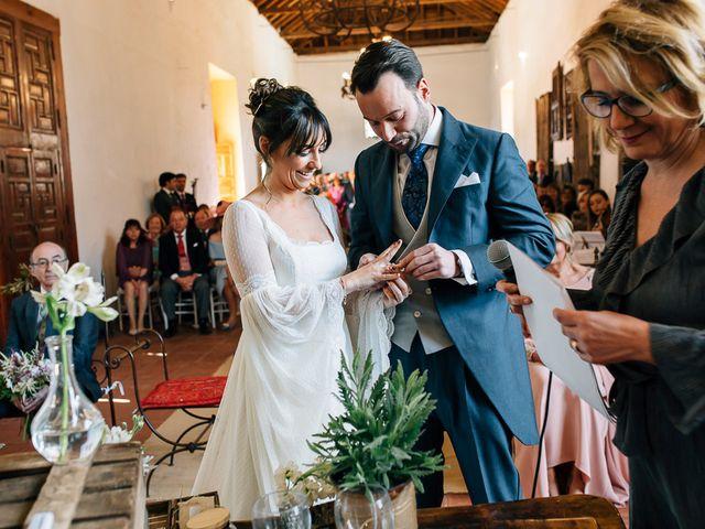 La boda de Moisés y Rocío en Alcala De Guadaira, Sevilla 43