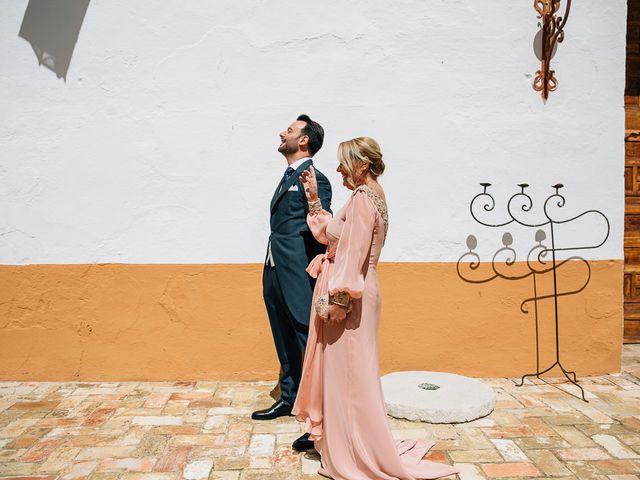 La boda de Moisés y Rocío en Alcala De Guadaira, Sevilla 52