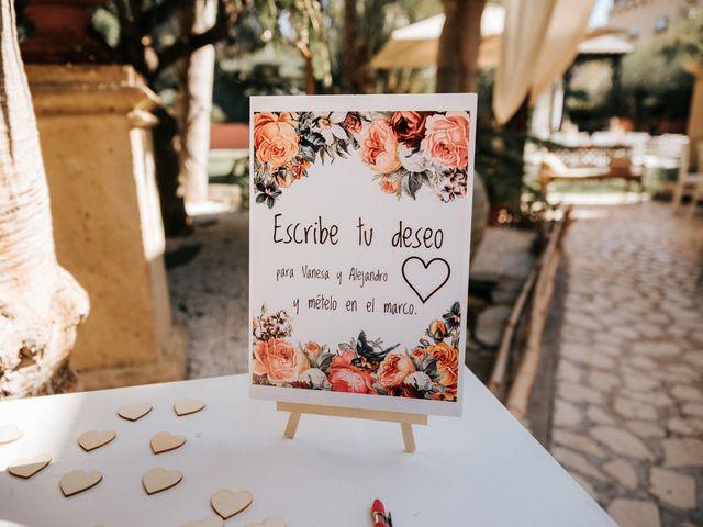 La boda de Alejandro y Vanesa en San Juan De Alicante, Alicante 9
