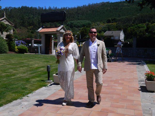 La boda de David y Lia en Padron, A Coruña 4
