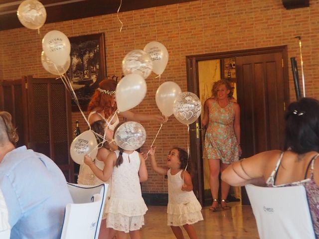 La boda de David y Lia en Padron, A Coruña 16