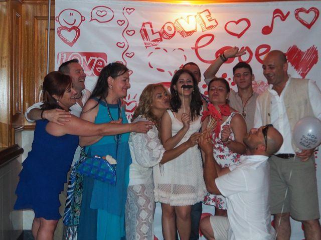 La boda de David y Lia en Padron, A Coruña 22