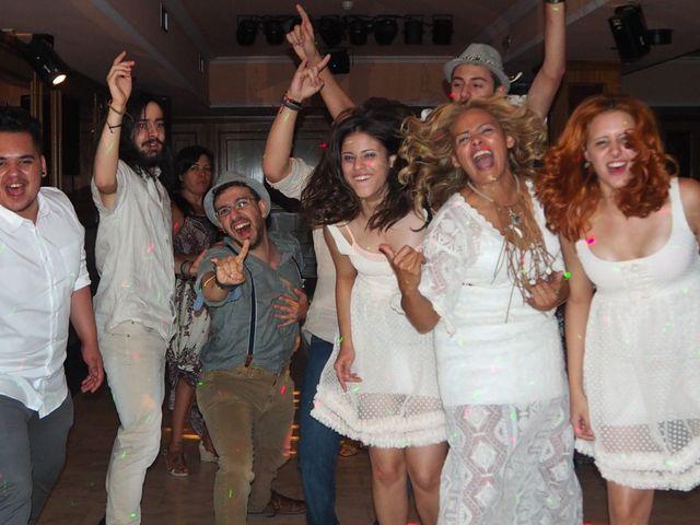 La boda de David y Lia en Padron, A Coruña 23