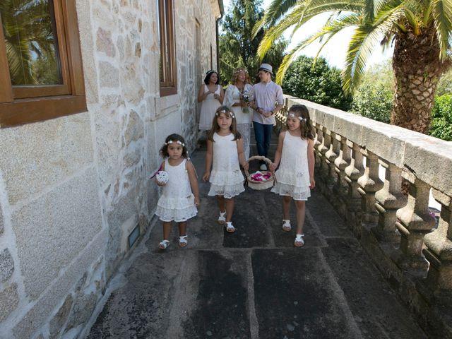 La boda de David y Lia en Padron, A Coruña 30