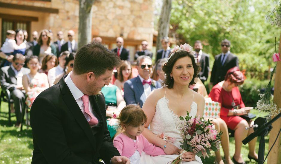 La boda de Luis y Nohemí en Pedraza, Segovia