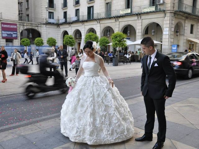 La boda de Estefanía y Jose  en Alacant/alicante, Alicante 6