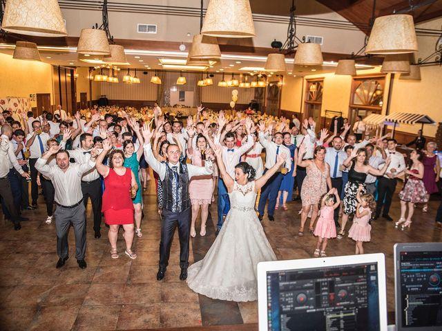 La boda de Moncho y Uxía en Goiriz, Lugo 11