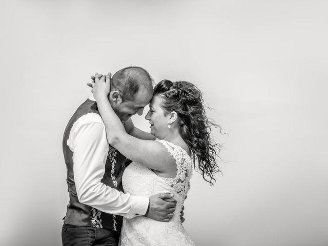 La boda de Moncho y Uxía en Goiriz, Lugo 13