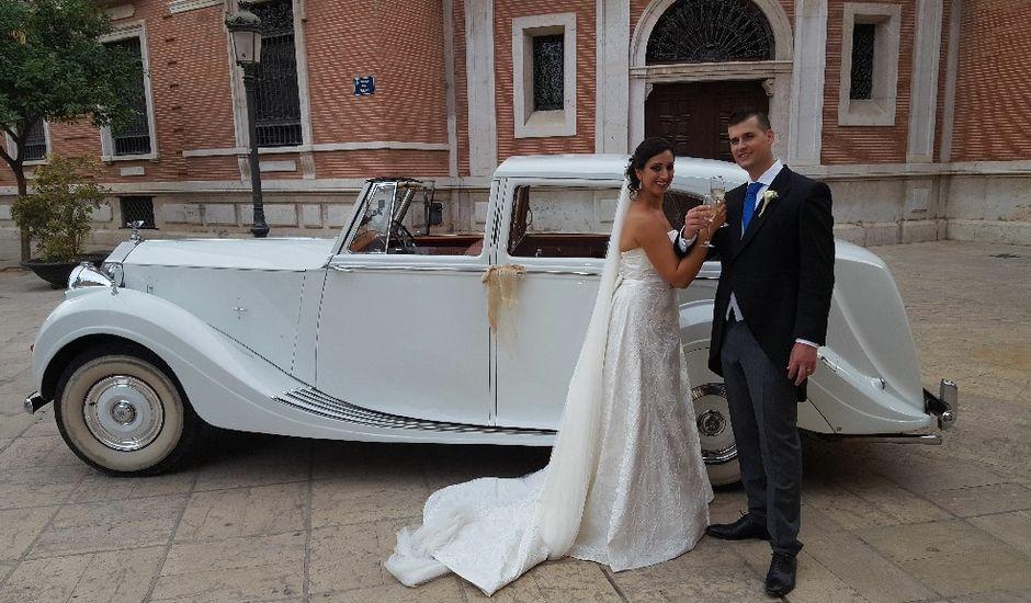 La boda de Héctor  y Elena  en Valencia, Valencia
