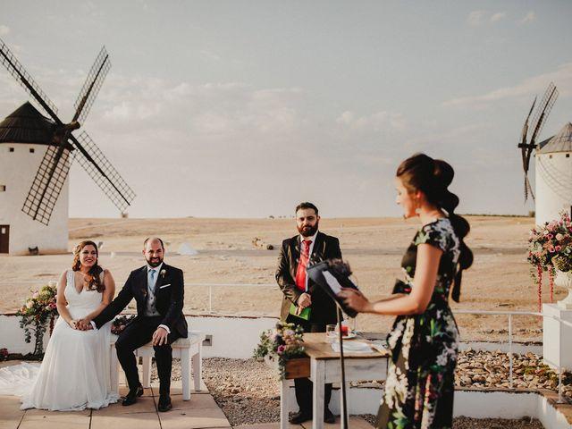 La boda de Quique y María en Campo De Criptana, Ciudad Real 61