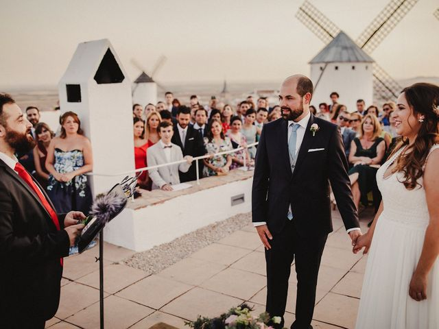 La boda de Quique y María en Campo De Criptana, Ciudad Real 71