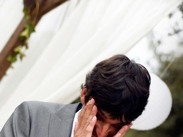 La boda de Miguel y Ahina en Sant Ferriol, Girona 20