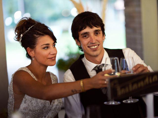 La boda de Miguel y Ahina en Sant Ferriol, Girona 42
