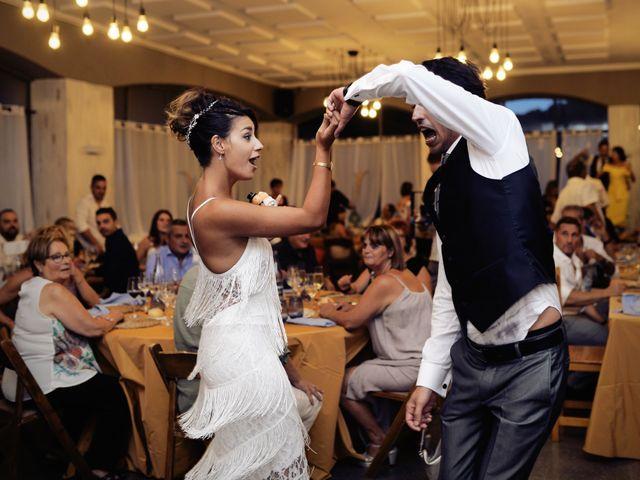 La boda de Miguel y Ahina en Sant Ferriol, Girona 47