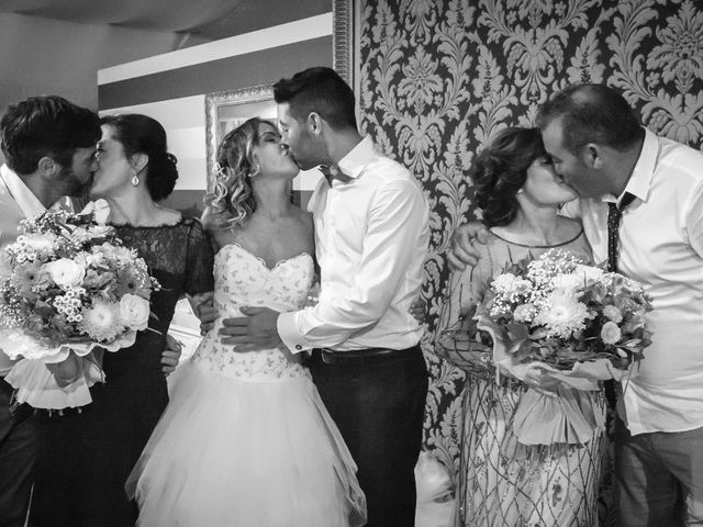 La boda de Aaron y Fara en Redondela, Pontevedra 37