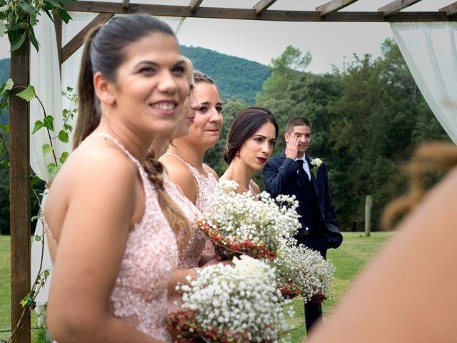 La boda de Miguel y Ahina en Sant Ferriol, Girona 65