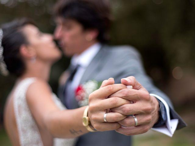 La boda de Miguel y Ahina en Sant Ferriol, Girona 72