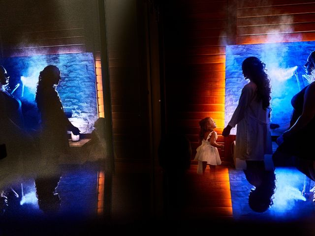 La boda de Javier y Arantxa en Madrid, Madrid 1