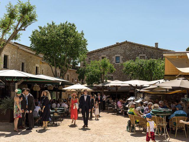 La boda de Mathieu y Camille en Sant Pere Pescador, Girona 3