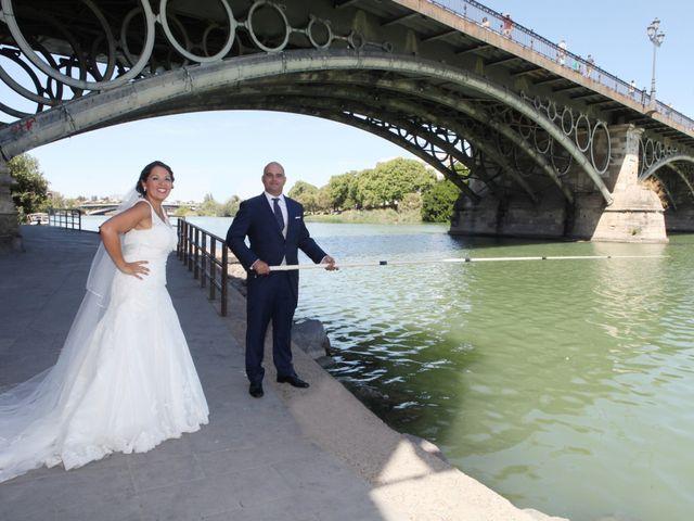 La boda de Francisco y Rocio en Carmona, Sevilla 22