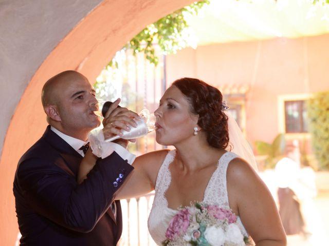 La boda de Francisco y Rocio en Carmona, Sevilla 25
