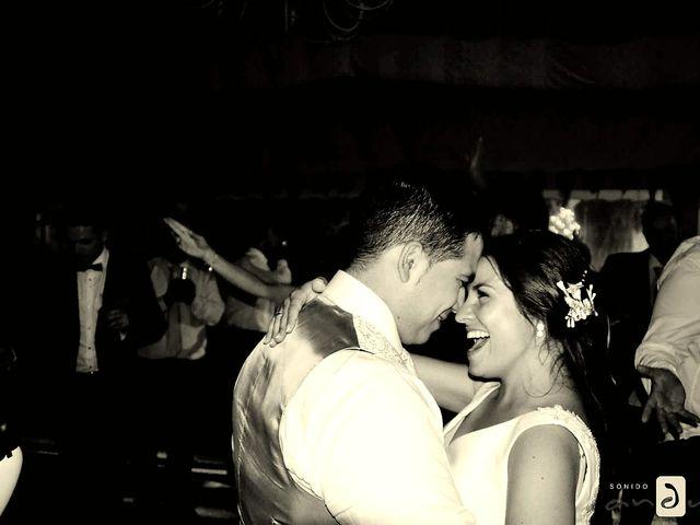 La boda de Vicky y Juanjo  y Vicky & Juanjo en Valverde De Burguillos, Badajoz 3