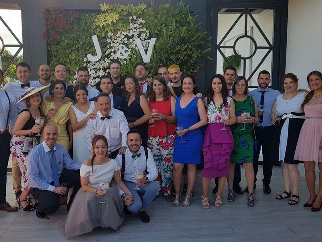 La boda de Vicky y Juanjo  y Vicky & Juanjo en Valverde De Burguillos, Badajoz 5