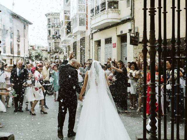 La boda de Juan Carlos y Marta en Casalarreina, La Rioja 17