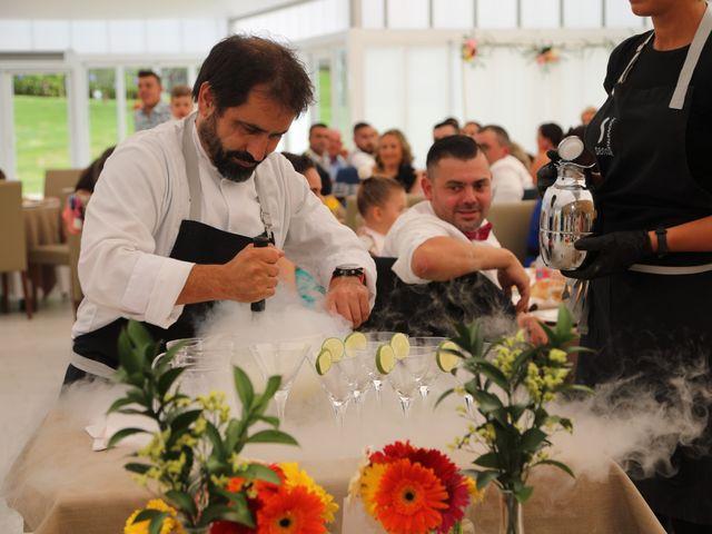 La boda de Jose y Begoña en Vilagarcía de Arousa, Pontevedra 31