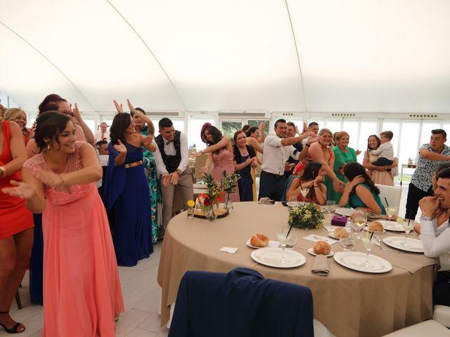 La boda de Jose y Begoña en Vilagarcía de Arousa, Pontevedra 32
