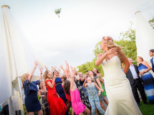 La boda de Denis y Alexandra en Montbrio Del Camp, Tarragona 46