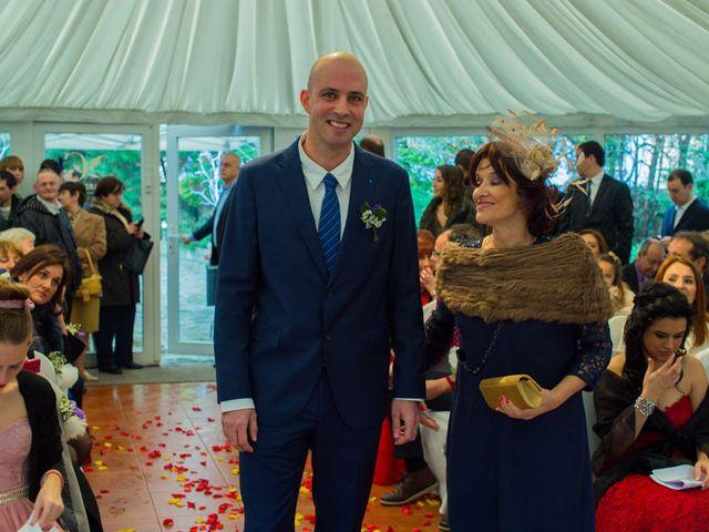 La boda de Nacho y Laura en Solares, Cantabria 15