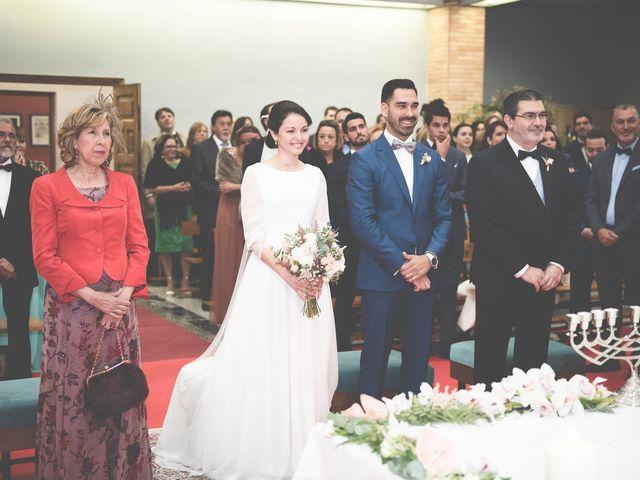 La boda de Antonio y Judit en Oviedo, Asturias 15