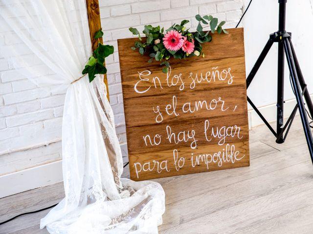 La boda de Javi y Sara en San Sebastian De Los Reyes, Madrid 1