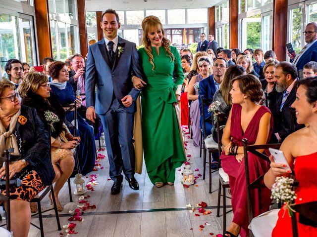 La boda de Javi y Sara en San Sebastian De Los Reyes, Madrid 4