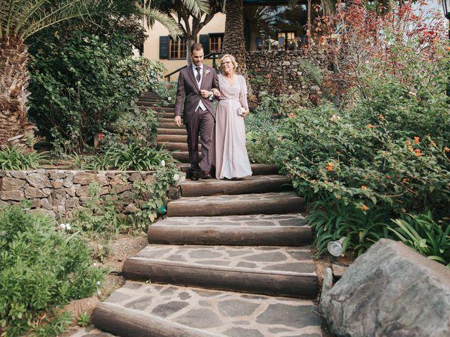 La boda de David y Diana en Galdar, Las Palmas 44