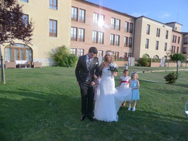 La boda de Camilo y Raquel en Segovia, Segovia 3