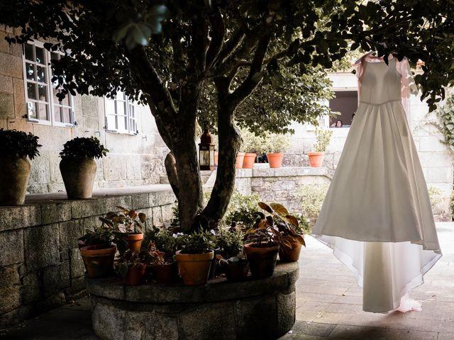 La boda de Eloy y Paula en Bueu (Meiro), Pontevedra 26