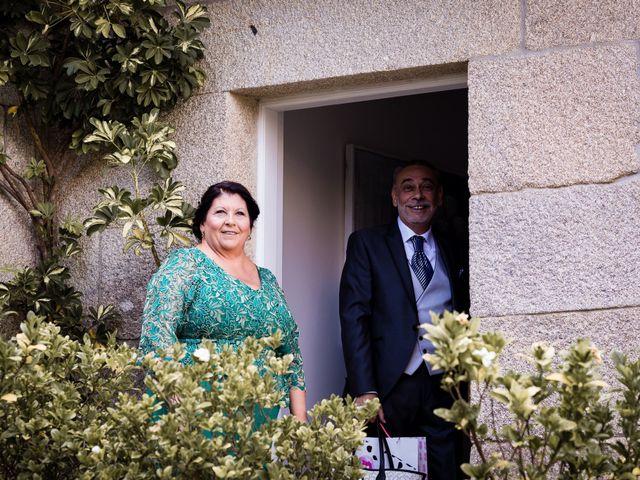 La boda de Eloy y Paula en Bueu (Meiro), Pontevedra 27