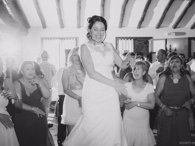 La boda de Julen y Naroa  en Hondarribia, Guipúzcoa 15